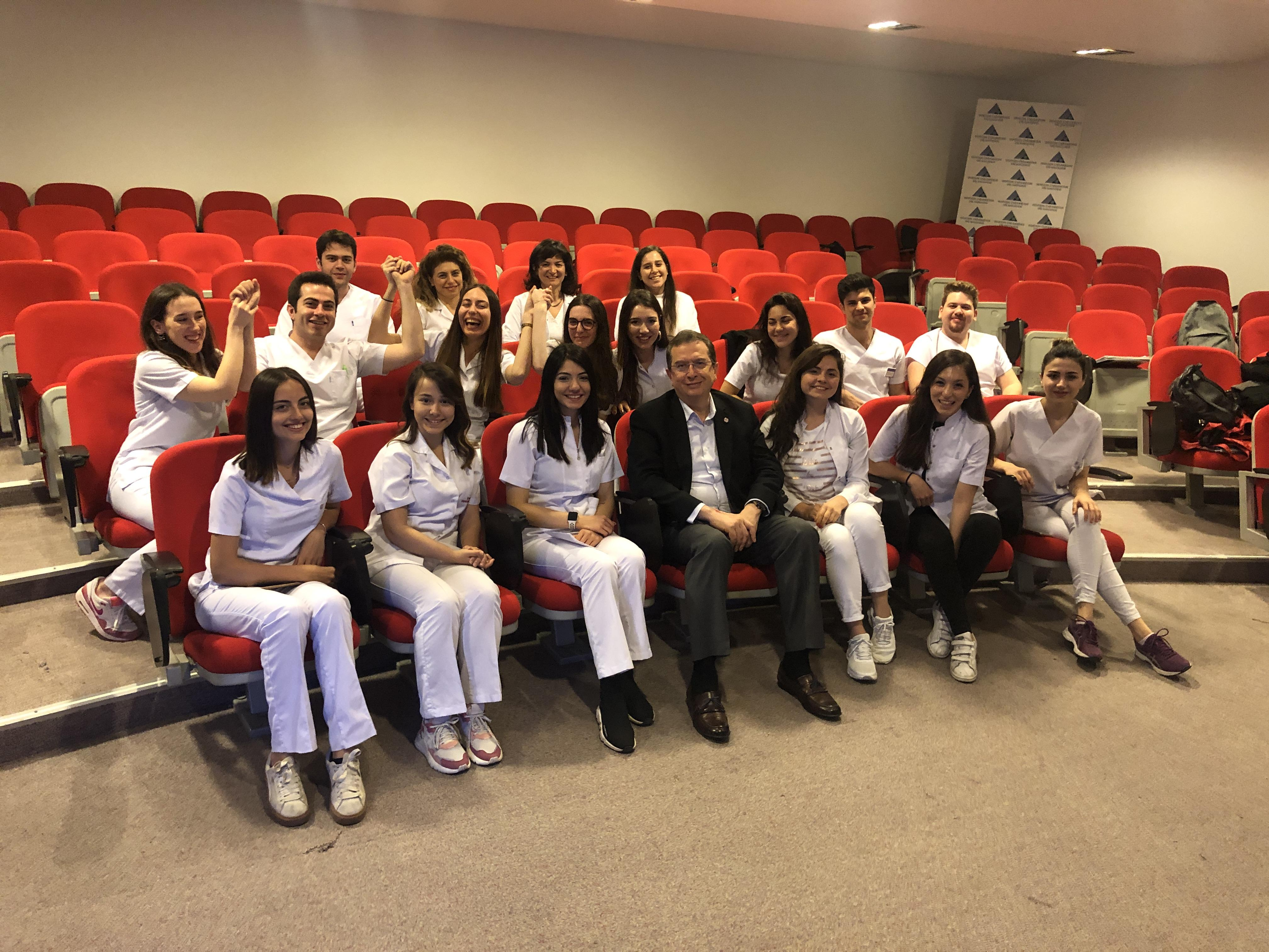 Yeditepe Üniversitesi Diş Hekimliği Kulübü (YUDSA)